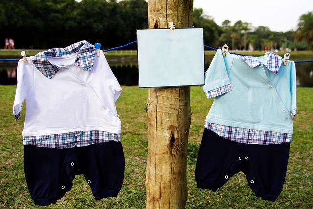 増える子供服の収納!100円ショップの商品で、収納を2倍にする方法をご紹介